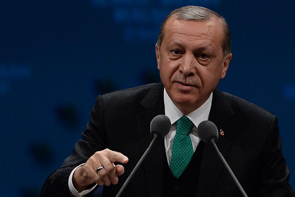 """Erdogan: """"Solange sie Erdogan einen Diktator nennen, werde ich sie weiterhin mit genau diesen Begriffen anreden. So einfach ist das."""""""