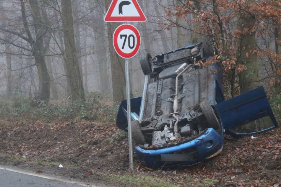 Obwohl die Sicht schlecht war, fuhr die Autofahrerin mit viel zu hoher Geschwindigkeit.