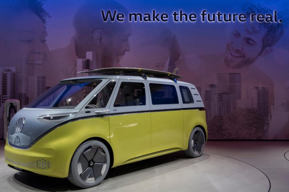 Der neue VW Buzz fährt nur mit Strom.