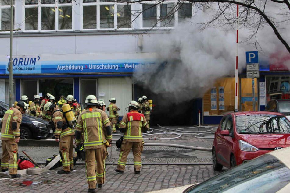 Rund 70 Feuerwehrkräfte waren im Einsatz.