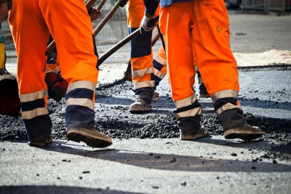 An mehreren Straßen in Bielefeld wird ab Montag gebaut. (Symbolbild)