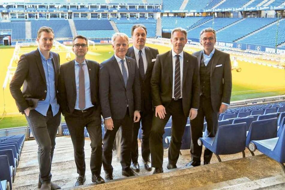 Der neue Aufsichtsrat der HSV Fußball AG: (vlnr.) Marcell Jansen, Andreas C. Peters, Jens Meier, Max-Arnold Köttgen, Michael Krall, Felix Goedhart.
