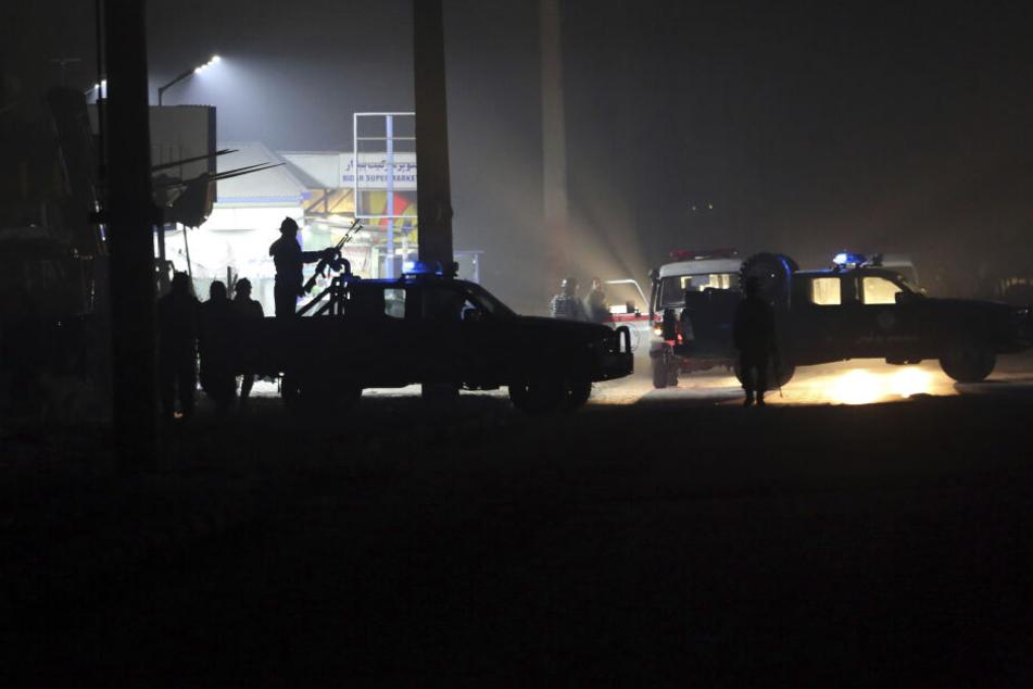 Zwei deutsche Polizisten durch Autobomben-Anschlag verletzt