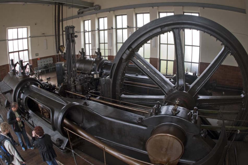 Eine Dampffördermaschine im Bergbaumuseum Oelsnitz.