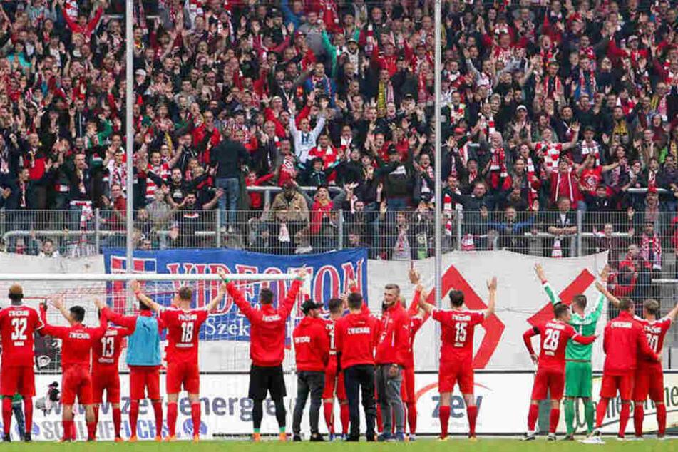 Fußball-Drittligist FSV Zwickau plant in der kommenden Saison mit einem Etat von knapp 6,2 Millionen Euro.