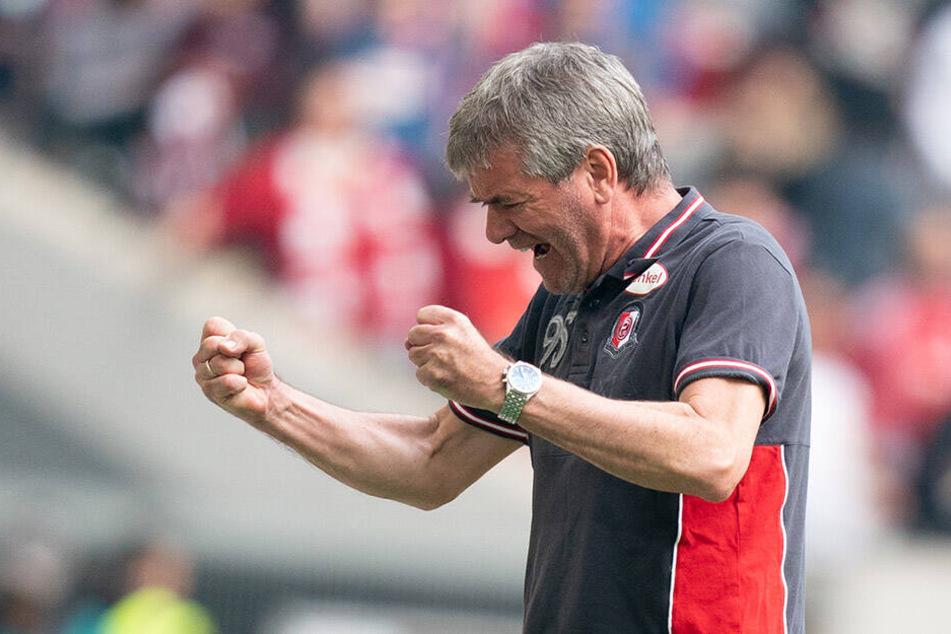 Bundesliga-Urgestein Friedhelm Funkel ist Trainer von Fortuna Düsseldorf.