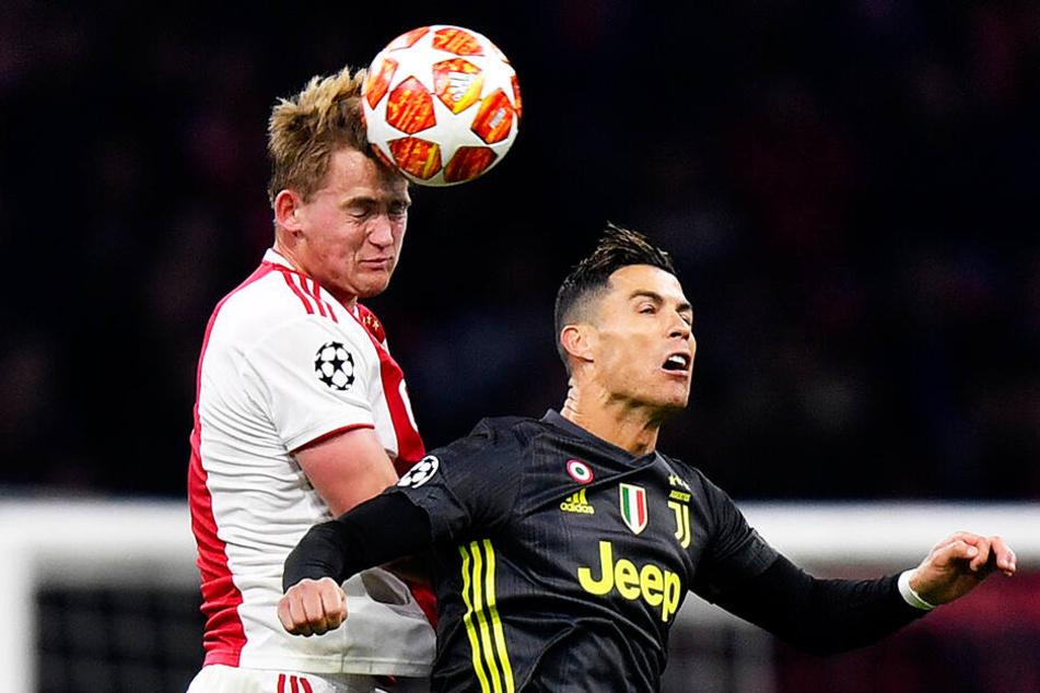 Juventus Turin entführte keinen schmeichelhaften Punkt, sondern ein schmeichelhaftes Unentschieden aus Amsterdam.