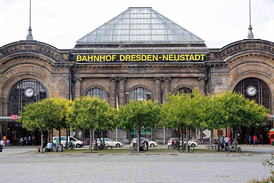 Im Bahnhof Neustadt rastete eine 25-Jährige aus, nachdem ihre Mutter beim Klauen erwischt wurde.