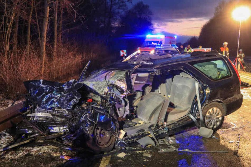 Der 89-jährige Autofahrer überlebte den Unfall nicht.