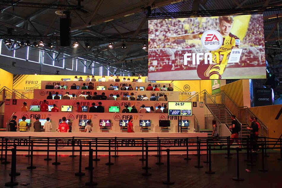 Am 29. September erscheint endlich das neue Fifa 17, bei dem ihr auch mit Dynamo spielen könnt.