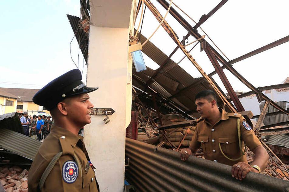 In Sri Lanka ist ein einstöckiges Gebäude eingestürzt.
