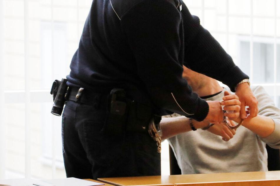 Schlüsseldienst-Mafia zockte hilflose Mieter ab