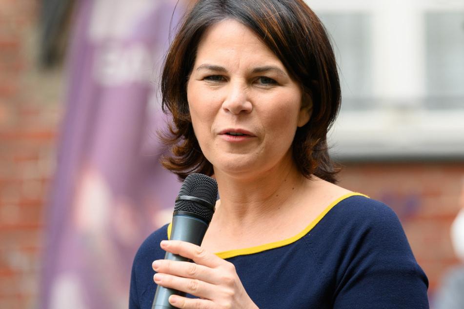 Das Buch von Grünen-Kanzlerkandidatin Annalena Baerbock wird nachträglich mit Quellen versehen.