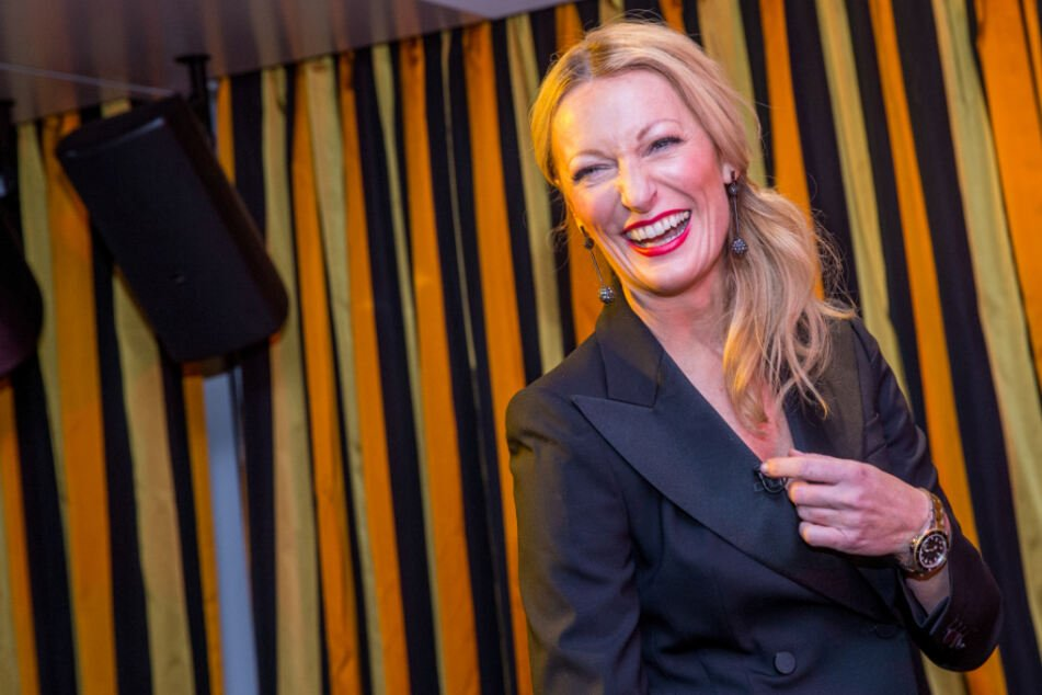 """Monika Gruber lässt Corona-Frust freien Lauf: """"Denunzieren is' nimmer schäbig, sondern gesundheitsfördernd"""""""