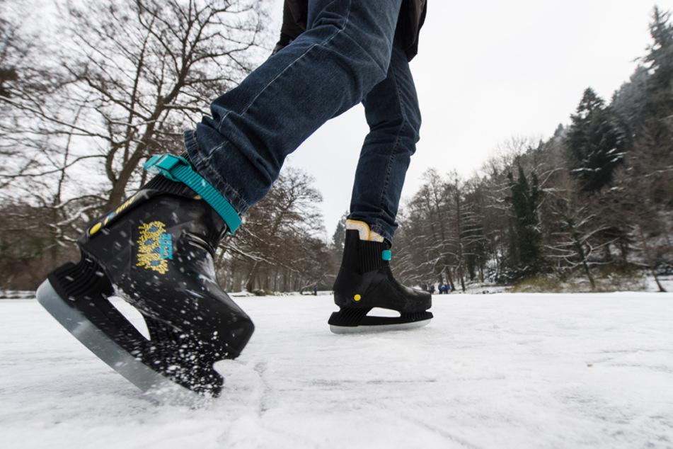 Wenn das Eis bricht, zählt jede Sekunde: Diese Tipps können Leben retten!