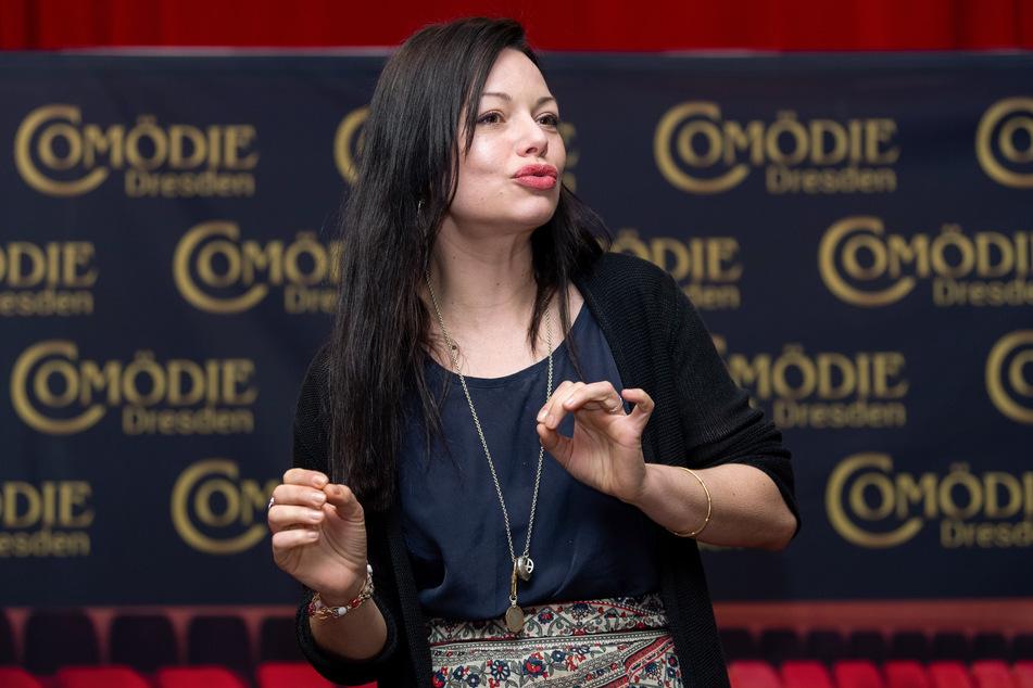 Schauspielerin Cosma Shiva Hagen bei einem Pressetermin der Comödie Dresden.