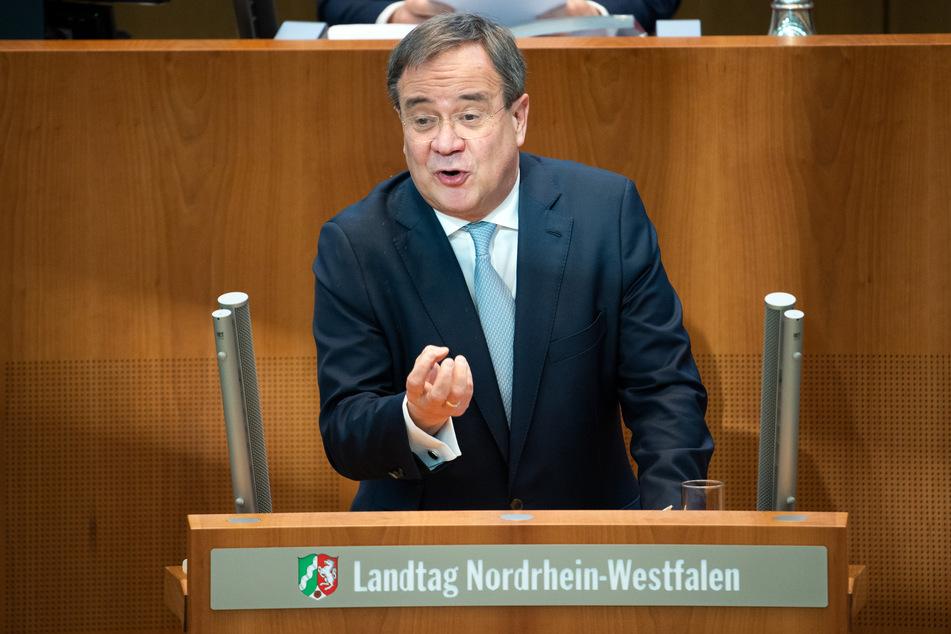 NRW-Ministerpräsident Armin Laschet (CDU) hat Andeutung zu einem Kurswechsel bei der Corona-Bekämpfung gemacht.