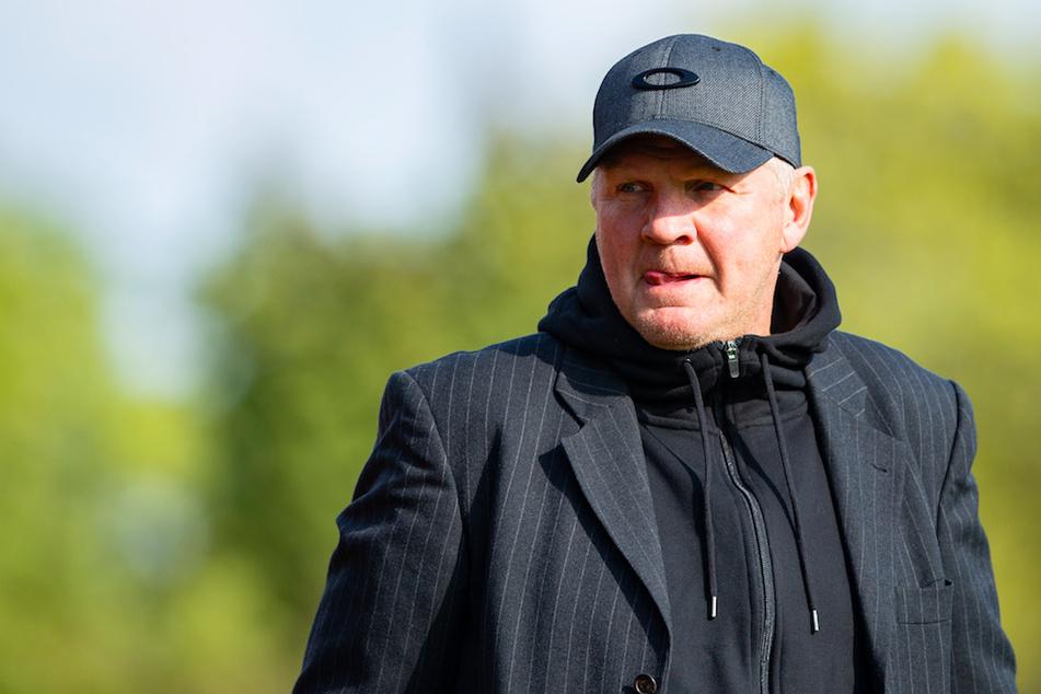 Stefan Effenberg (52) macht sich Sorgen um das weitere Bestehen des FC Bayern nach einer Niederlage.
