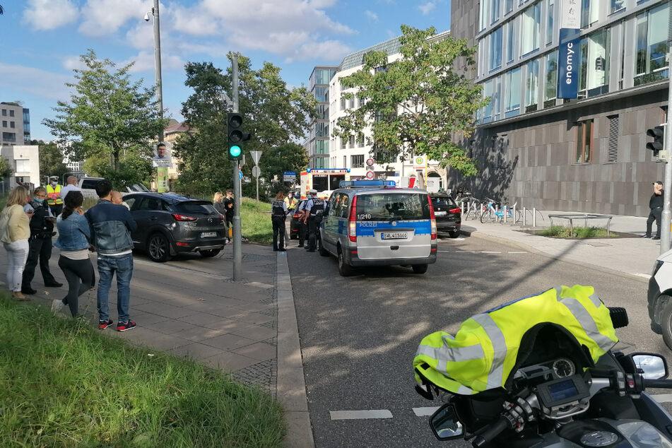 Die Fußgängerin wurde an der Ecke Theodor-Heuss-Straße/Fürstenstraße von einem Auto erfasst.