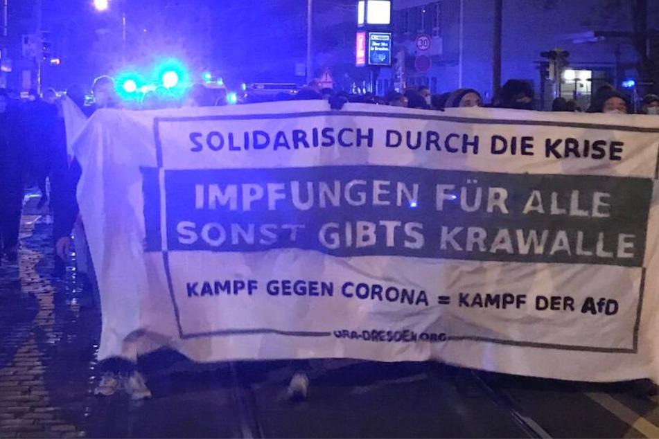 Dresden: Jetzt auch von links: Antifa-Demo gegen Coronapolitik in der Neustadt