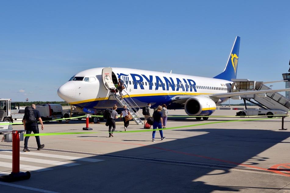 Ryanair fliegt seit Samstag wieder London-Stansted und schon seit Freitag Palma de Mallorca an.
