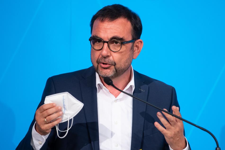 CSU-Gesundheitsminister Klaus Holetschek (56).