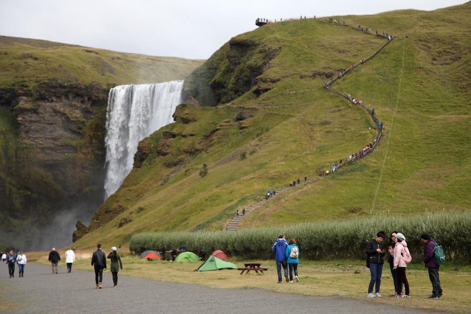 Auch in Island schlägt das Coronavirus zu, auf der Insel gab es bereits knapp 360.000 Infizierte.