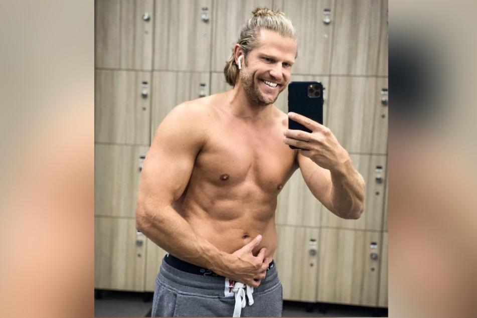 Heiße Aussichten! Ur-Bachelor Paul Janke posiert nackt auf