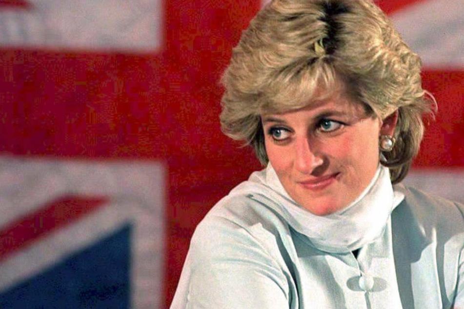 Kronprinzessin Lady Diana (†36) hatte mit ihrem Mann Prinz Charles zwei Kinder. Doch in ihrer Ehe gab es nur wenig Liebe.