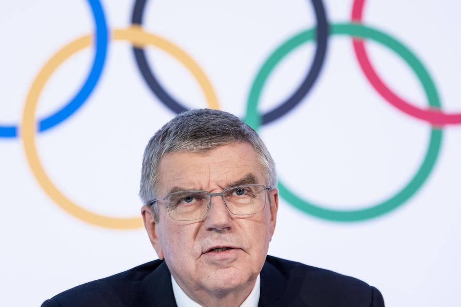 Thomas Bach aus Deutschland, Präsident des Internationalen Olympischen Komitees (IOC), spricht während einer Pressekonferenz nach der Vorstandssitzung des Internationalen Olympischen Komitees (IOC) im Olympischen Haus.