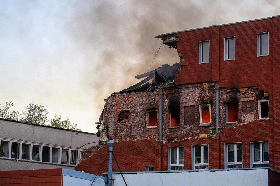 Ein Teil des Gebäudes ist eingestürzt.