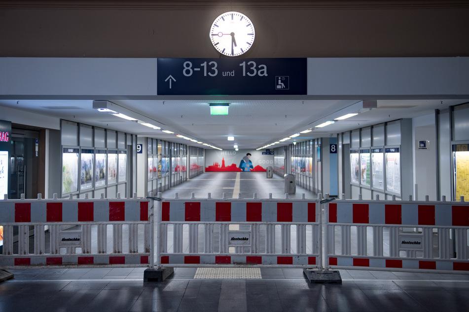 Vorsichtshalber wurde der betroffene Bereich des Bahnhofs gesperrt. (Archivbild)
