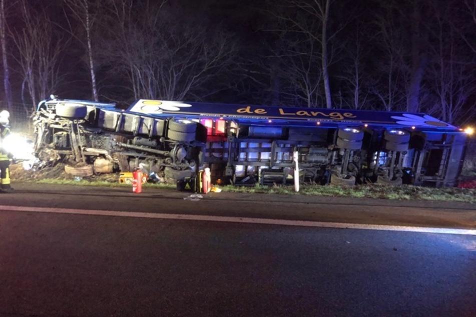 Der verunfallte Lastwagen.