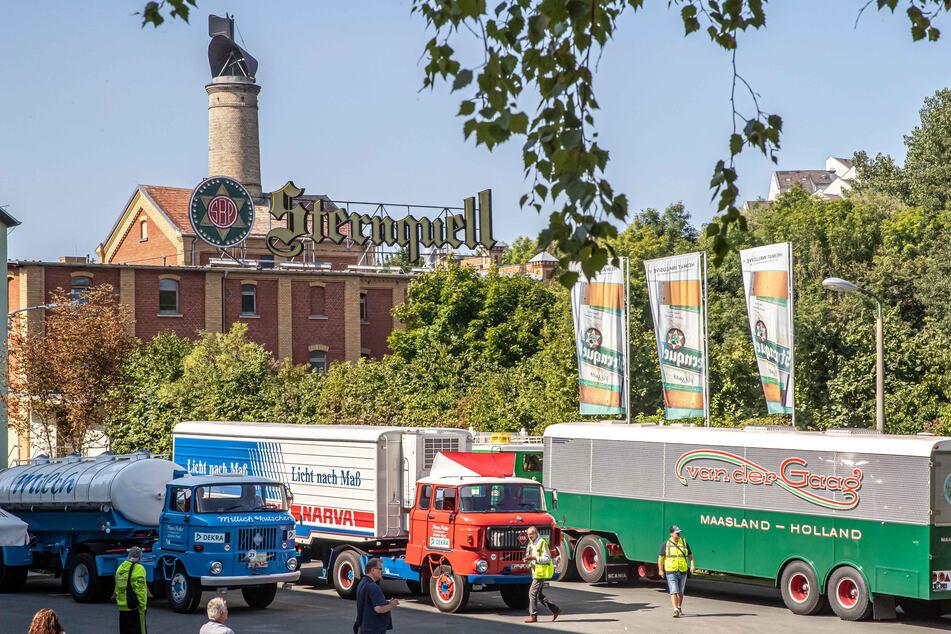 Oldtimer-Lastwagen sammelten sich am Samstagnachmittag am alten Brauerei-Gelände. Dieses hat frischen Wind bekommen.