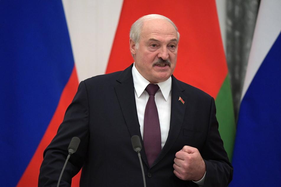 Schuld ist offenbar Weißrusslands Präsident Alexander Lukaschenko (67).