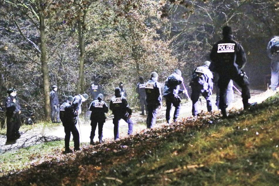 26-Jähriger wird niedergeschlagen und stirbt am Tatort: Täter noch immer auf der Flucht