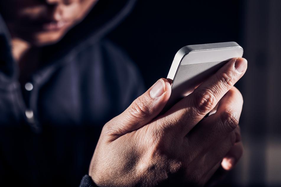 38-Jähriger soll zum Teilen von Missbrauch-Details aufgefordert haben