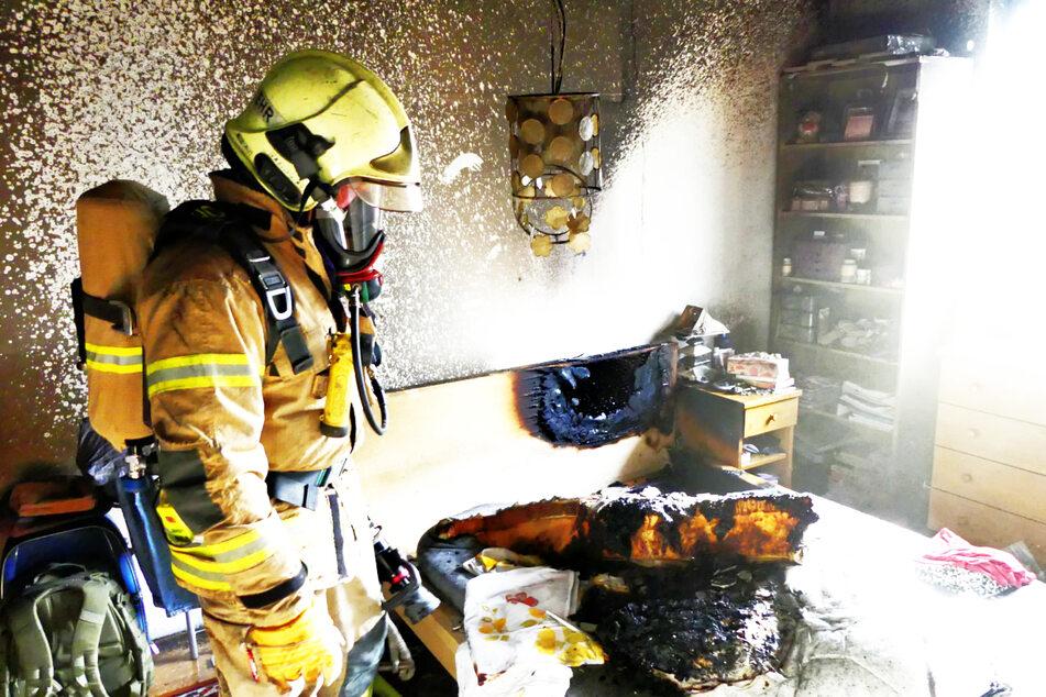 Feuerwehr rettet Katzen aus brennender Wohnung