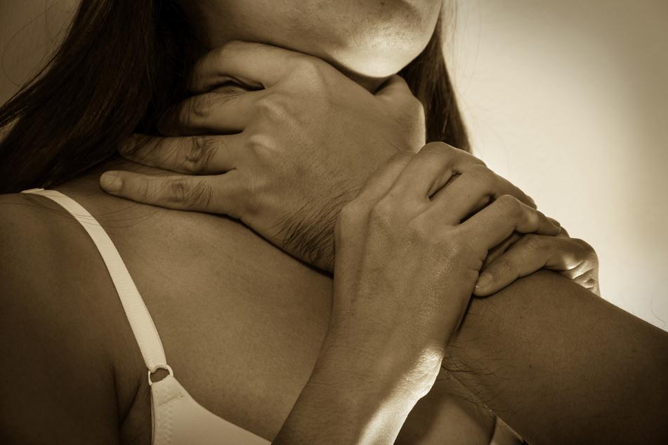 Mann erwürgt und zerstückelt Freundin: Überraschende Wende nach Urteil