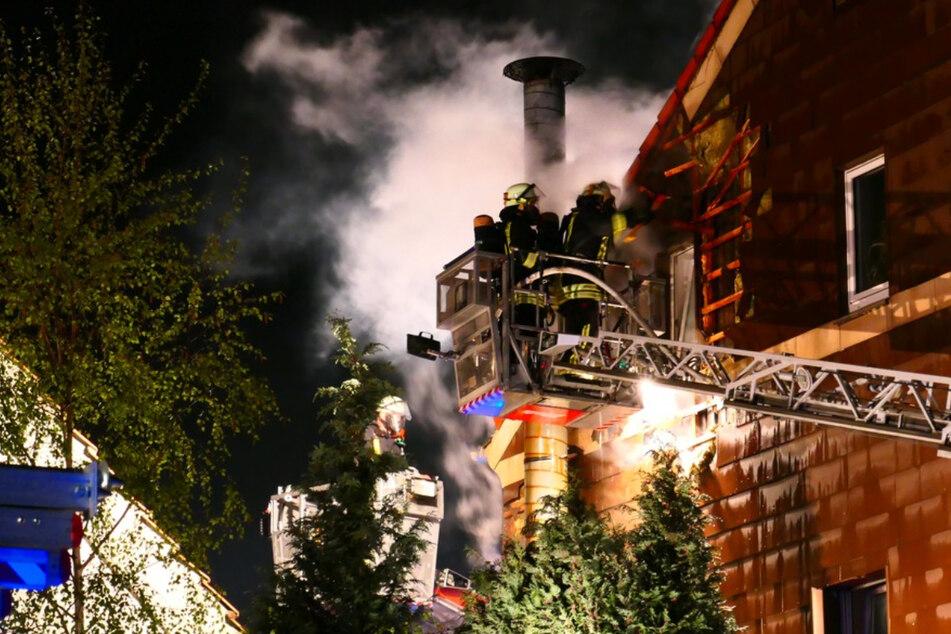 Heldenhaft! Nachbarn retten Hausbewohner vor Brand in Restaurant