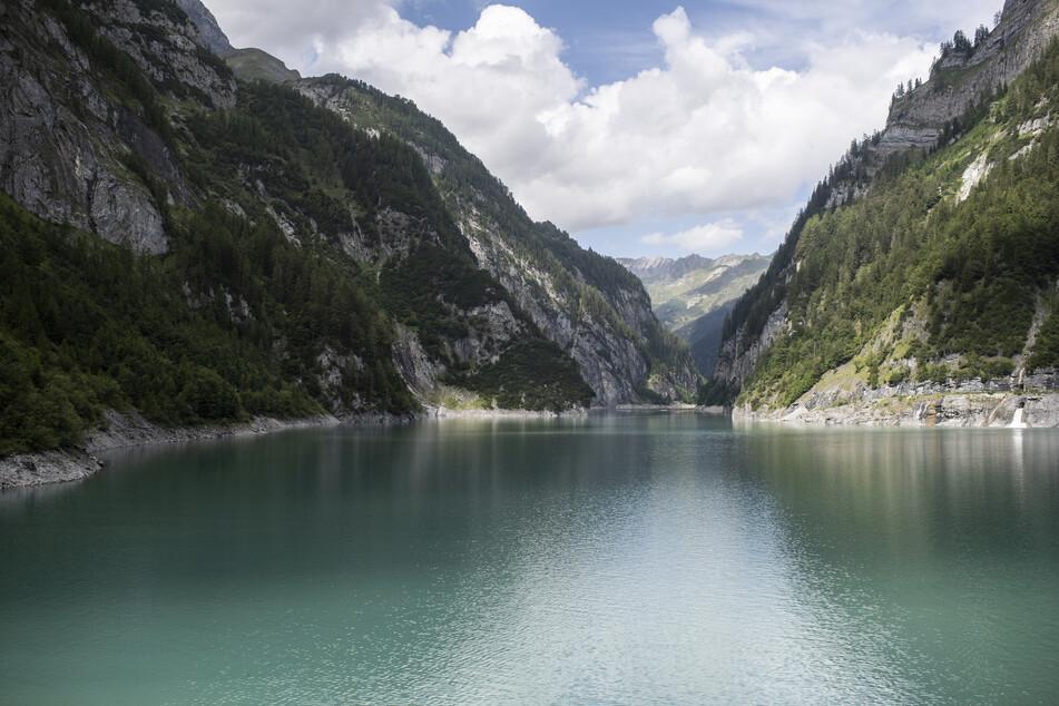 Der Gigerwaldsee in der Schweiz: Ein Mann gilt in der Parlitobel-Schlucht im Kanton St. Gallen immer noch als vermisst.