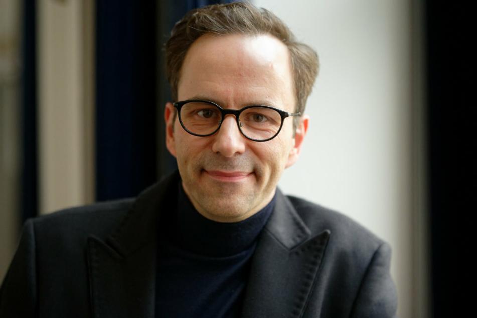 """""""Steh Krömer"""" statt """"Chez Krömer"""": Moderator Kurt Krömer (45) war zu Gast bei """"World Wide Wohnzimmer""""."""