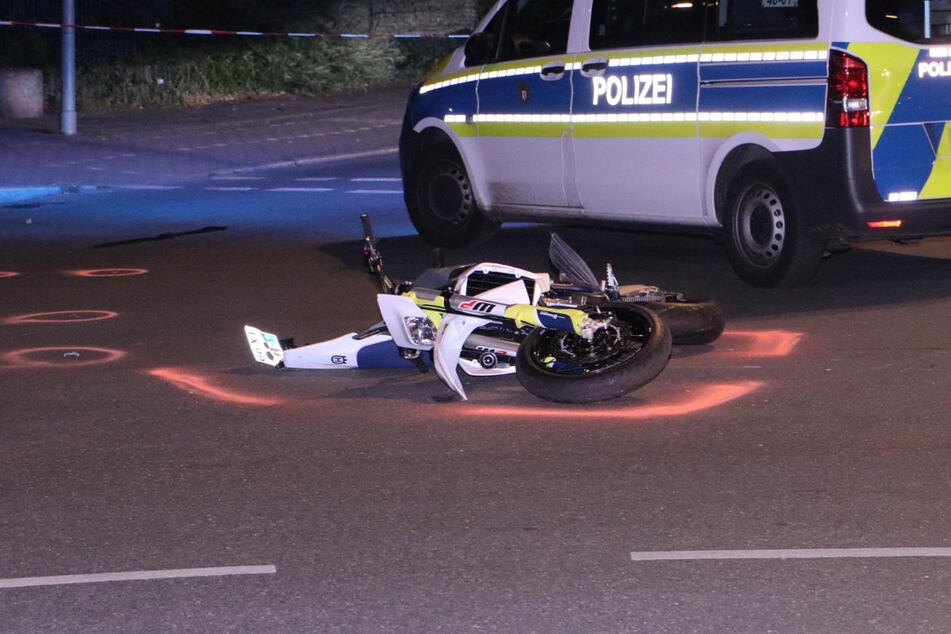 Der 22-jährige Motorradfahrer musste ins Krankenhaus.