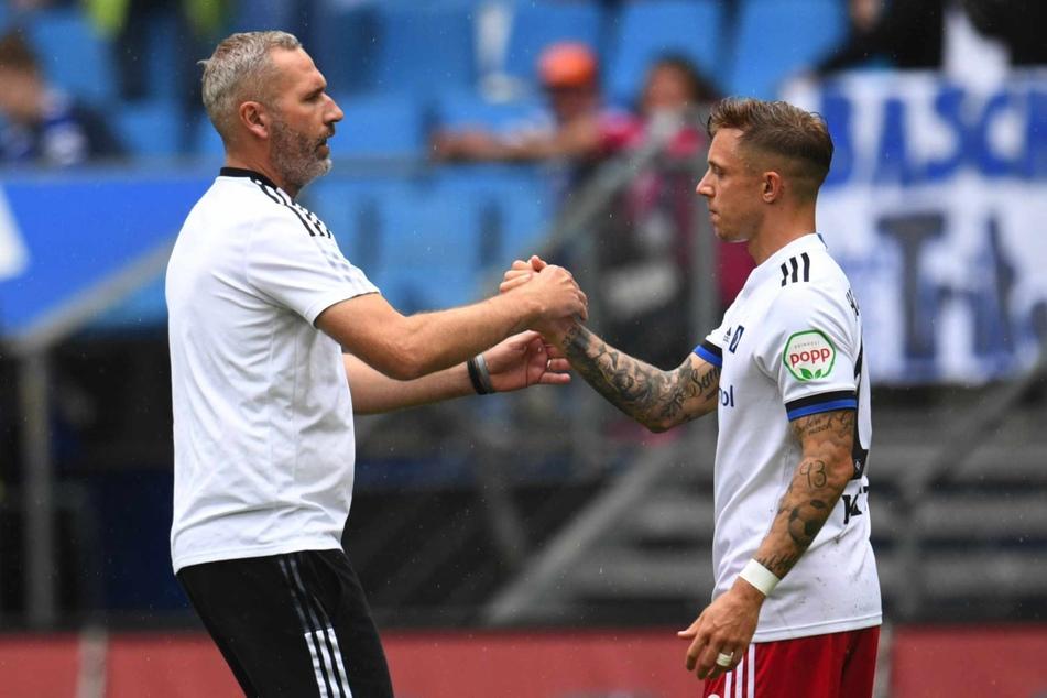 HSV-Trainer Tim Walter (45, links) war mit der Leistung von Sonny Kittel (28) zufrieden. (Archivbild)