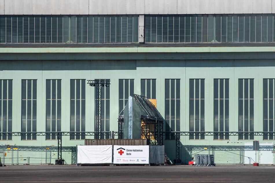 Am Montag nimmt das Impfzentrum in Berlin-Tempelhof den Betrieb auf.