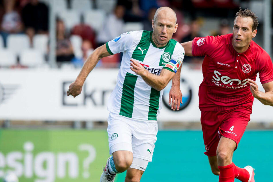 """Ex-Bayern-Star Robben feiert sein Comeback: """"Froh, wieder auf dem Rasen zu stehen"""""""