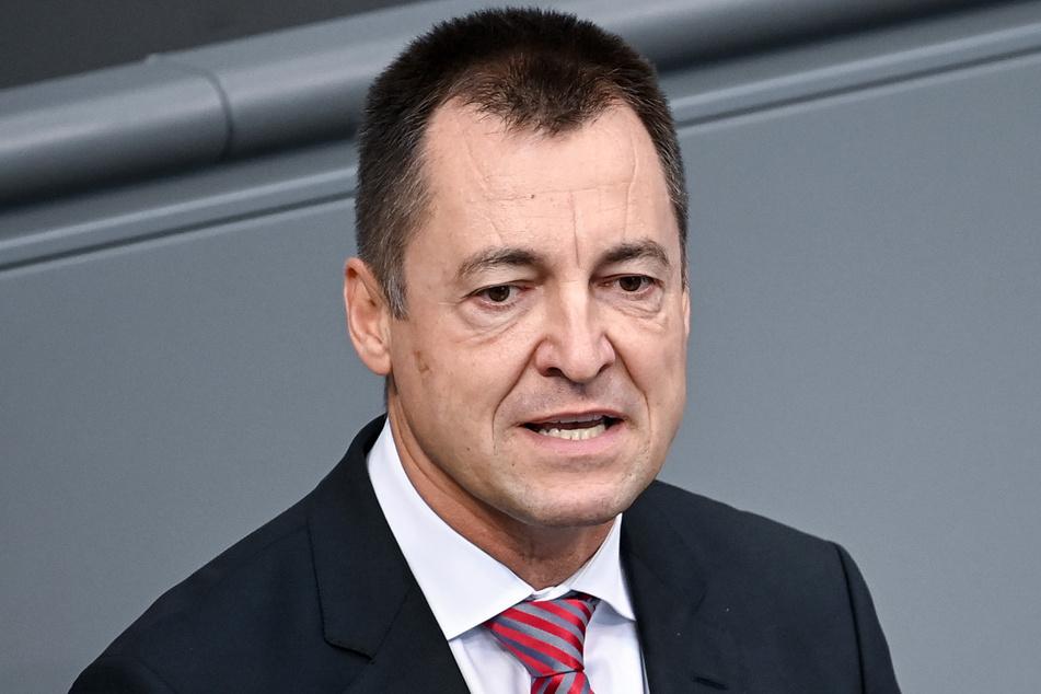 Auch der Bundestagsabgeordnete Torsten Herbst (47, FDP) hat viel am bisherigen Umgang mit den Corona-Impfdosen zu bemängeln.