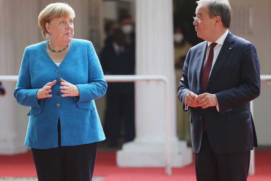 """NRW-Ministerpräsident Armin Laschet (60, CDU) will in seinem Bundesland den Menschen aus Afghanistan einen """"sicheren Hafen"""" bieten."""