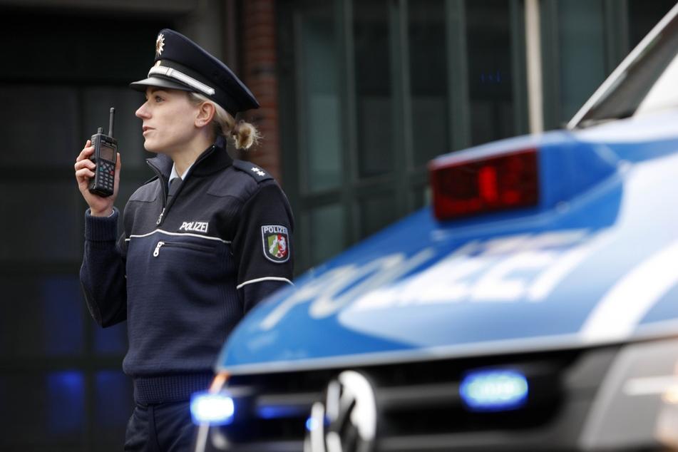 Die Polizei sucht nach Zeugen und Hinweisen. (Symbolbild)