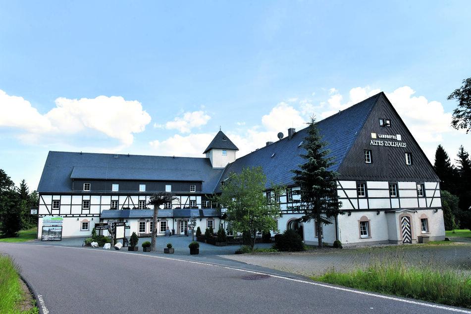 """Das Landhotel """"Altes Zollhaus"""" in Neuhermsdorf."""
